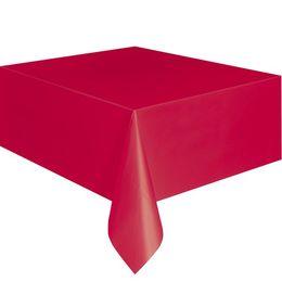 Ruby Red Műanyag Parti Asztalterítő - 137 cm x 274 cm